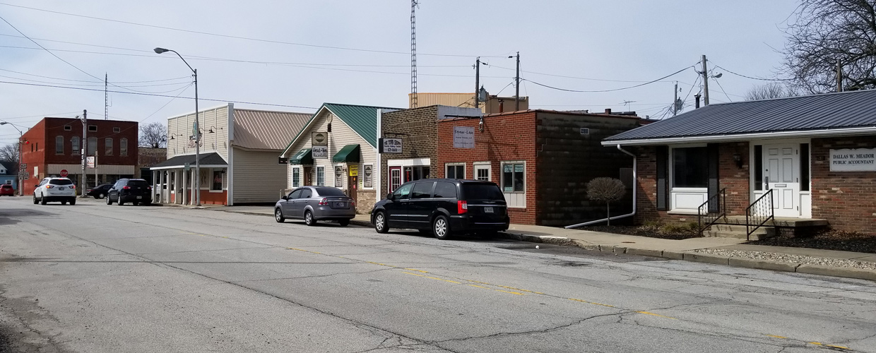 Plank Street in Rossville showing business along the street